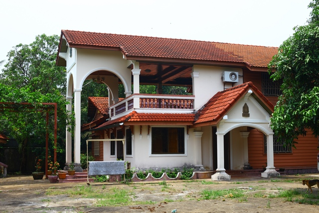 Colonial villa is Sihanoukville